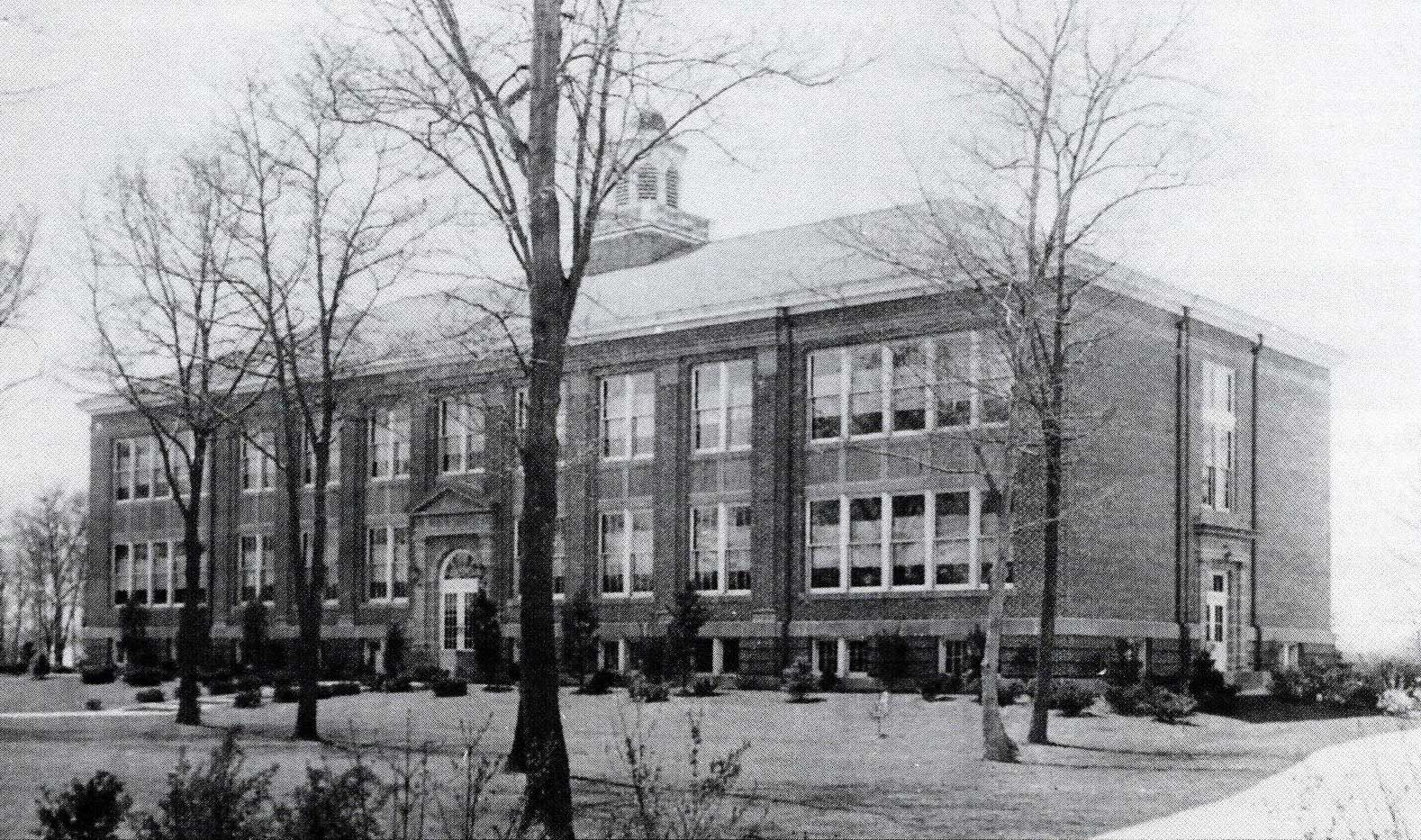 Bayport Blue Point High School