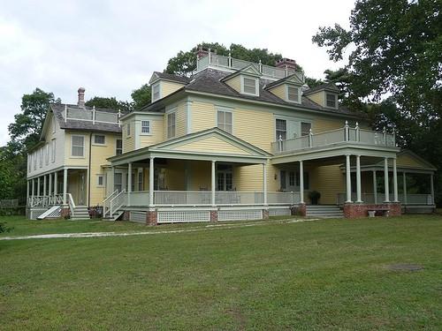 Meadow-Croft-Estate